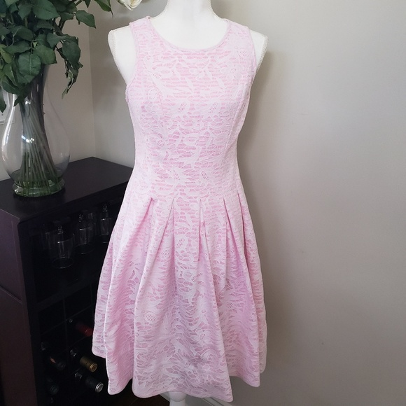 Betsey Johnson Dresses & Skirts - Betsey Johnson Vintage Pink Lace Sleeveless Dress